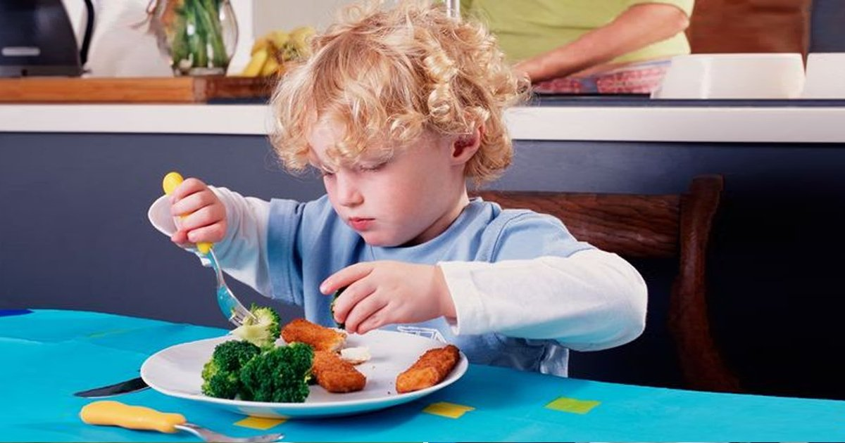 """q1 38.jpg?resize=412,232 - """"There's Nothing Wrong With That""""- Mum Places BABY On 'Carbohydrate-Free' Diet"""