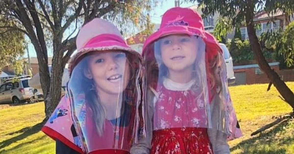 sisters5.jpg?resize=412,232 - Meet The Young Sisters Who Are Both Allergic To The SUN
