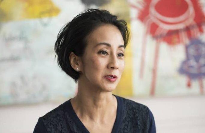 中村江里子さんが50歳になってやめたこと、次の10年にしたいこと | ESSEonline(エッセ オンライン)