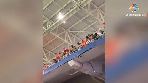 Watch-Miami-Fans-Using-American-Flag-To-Catch-Falling-Cat-at-Hard-Rock-Stadium-0-1-screenshot