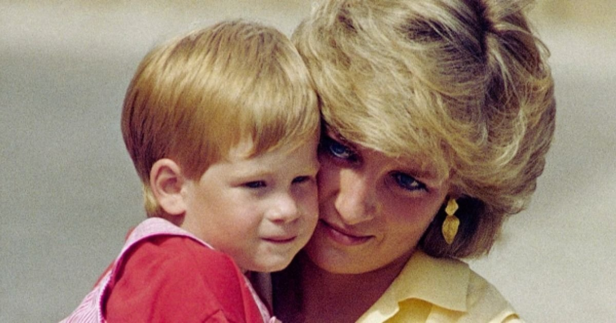 diana5.jpg?resize=412,232 - Prince Harry Received FINAL Gift From His Late Mother Princess Diana – As Requested In Her Will
