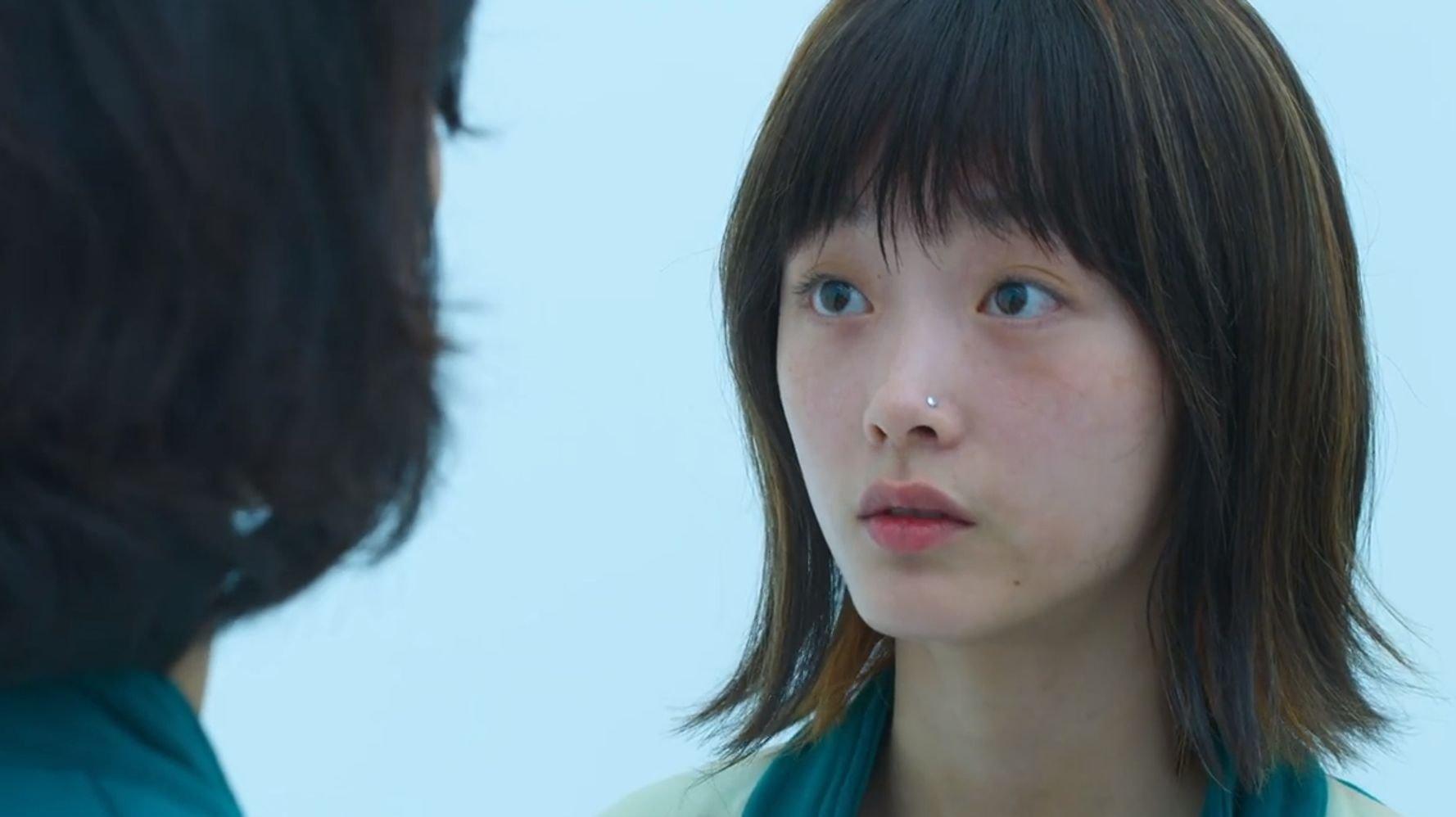 넷플릭스 '오징어 게임' 배우 이유미는 1000:1 경쟁률을 뚫고 영화 '인질'에 캐스팅됐다 | 허프포스트코리아