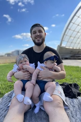 Dad Leo with twins Camila and Elena