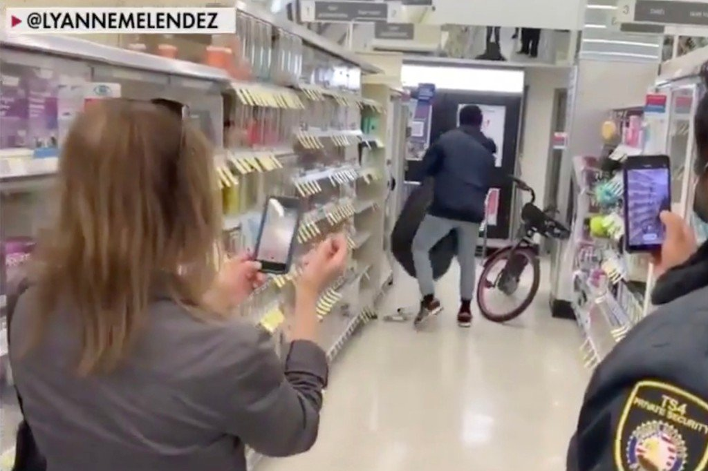 Law enforcement officials claim the shoplifting is due to San Francisco changing theft of less than 0 worth of goods to a misdemeanor.