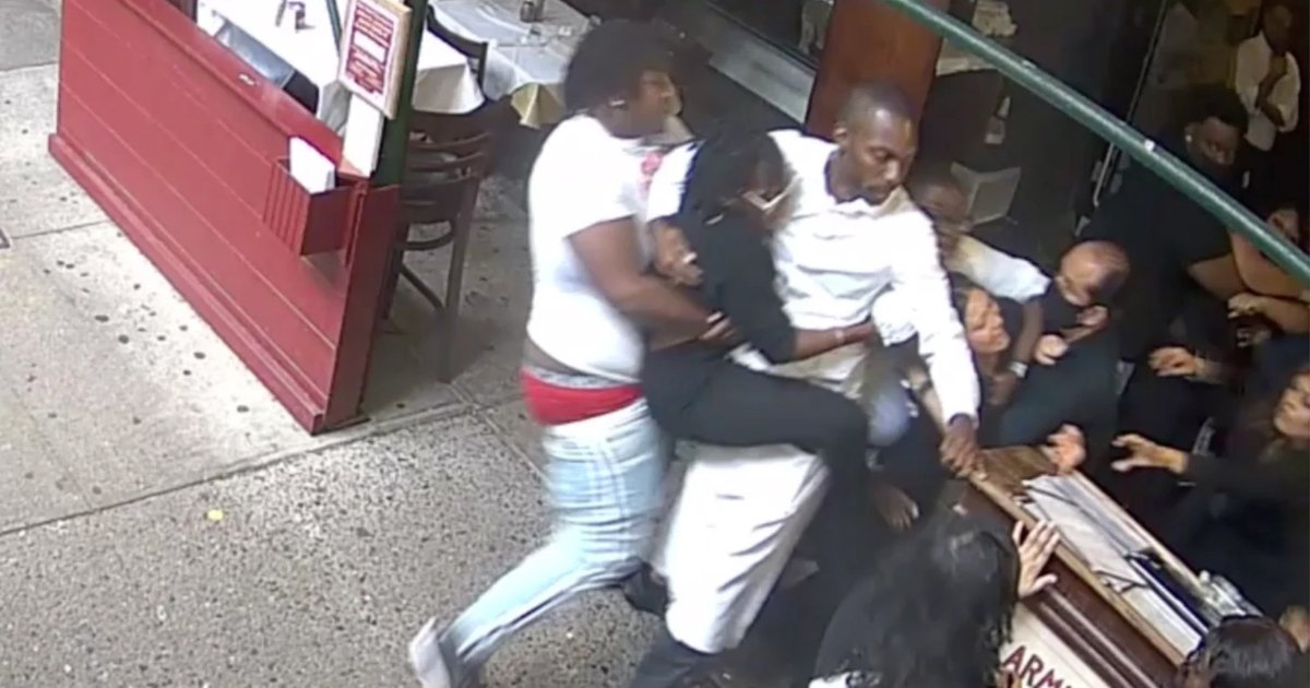t1 2.jpg?resize=1200,630 - Texan Tourists Face One Year In Jail For Violently Attacking Hostess From Famous New York Eatery